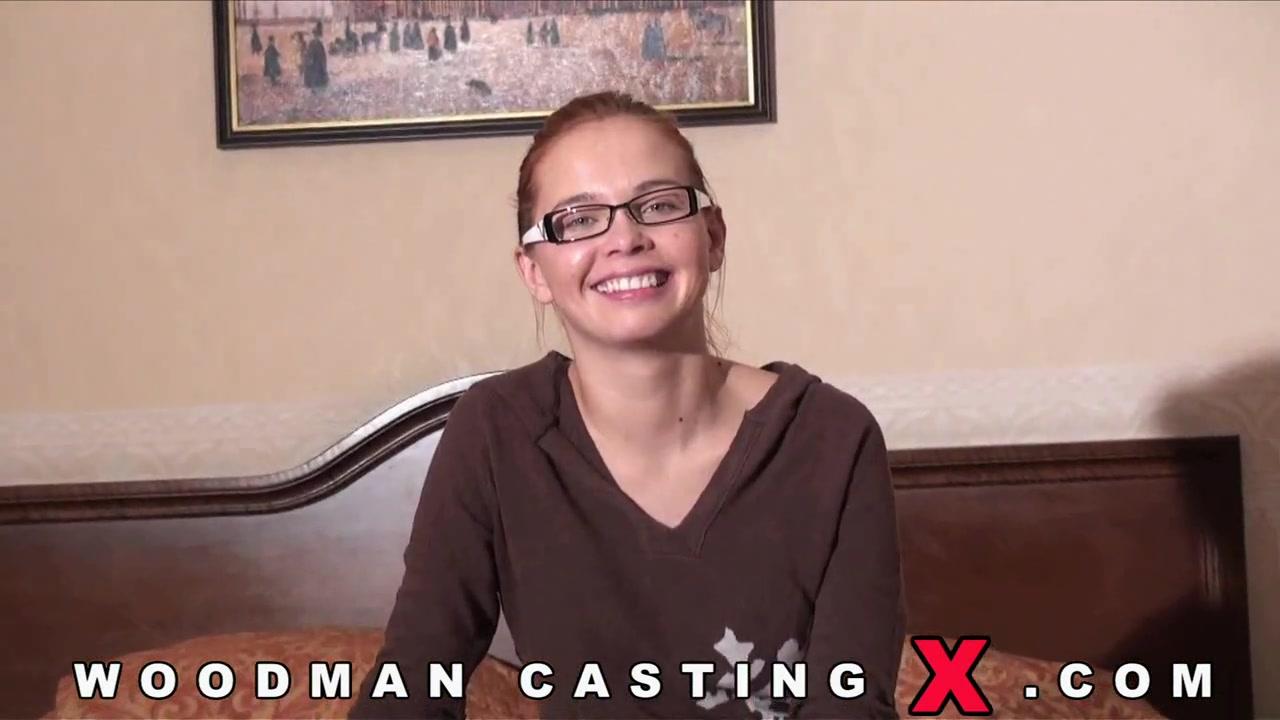 Молодая девчонка с рыжими волосами на кастинге вудмана порно порно