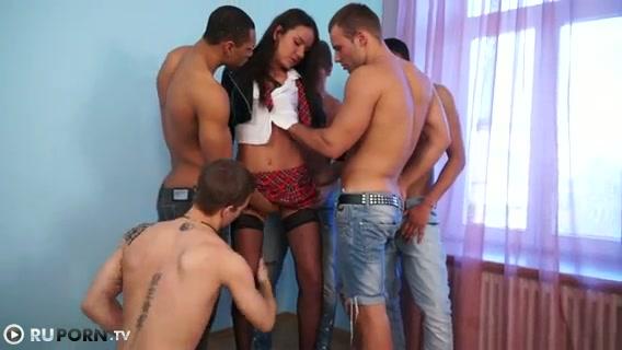 Одна для пятерых порно порно