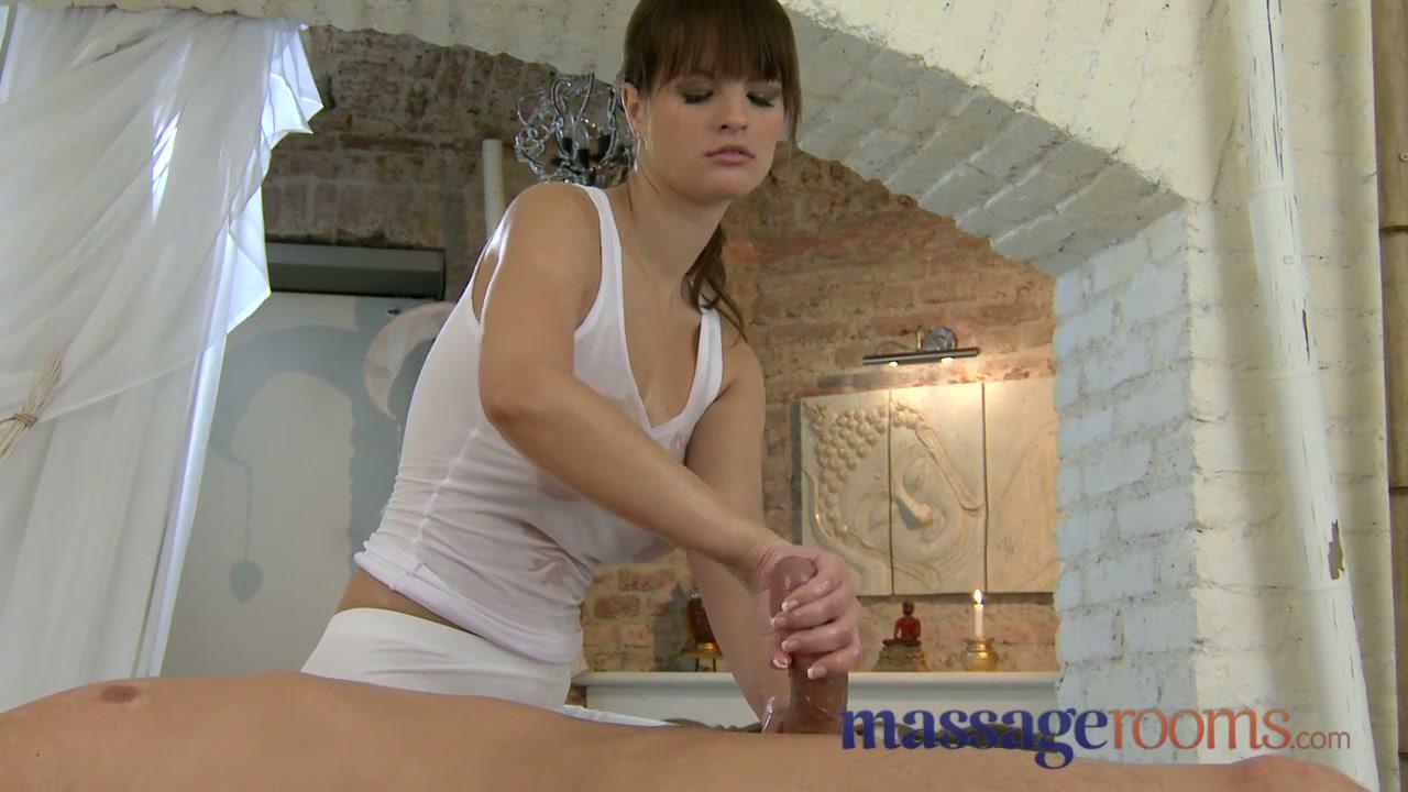 Рита - грудастая массажистка с очумелыми ручками порно порно