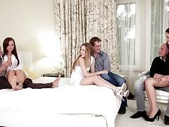 Три пары свингеров устроили оргию в спальне порно порно