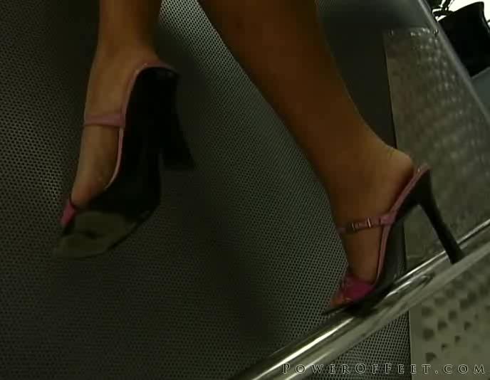 Сильвия Лорен после массажа стоп, обслужила масажиста порно порно