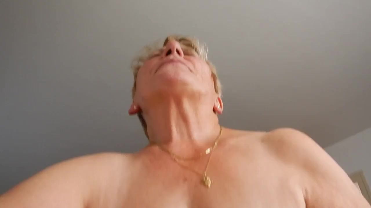 Оргазм от Бабульки порно порно