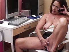 Старая телефонная шлюха порно порно
