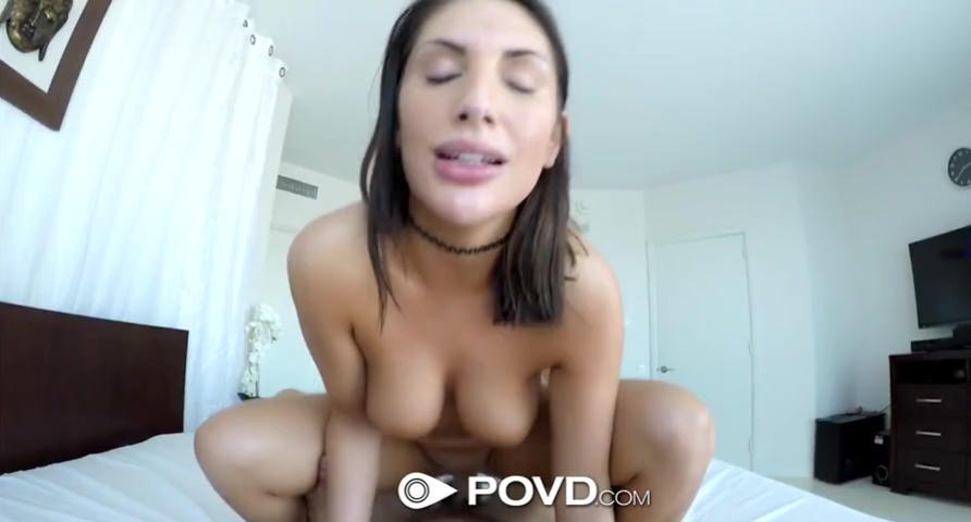 Августа Эймс (August Ames) получала свою порцию траха больших хуём порно порно