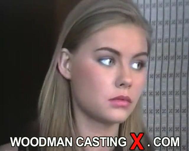 Милая русская блондинка на кастинге Вудмана порно