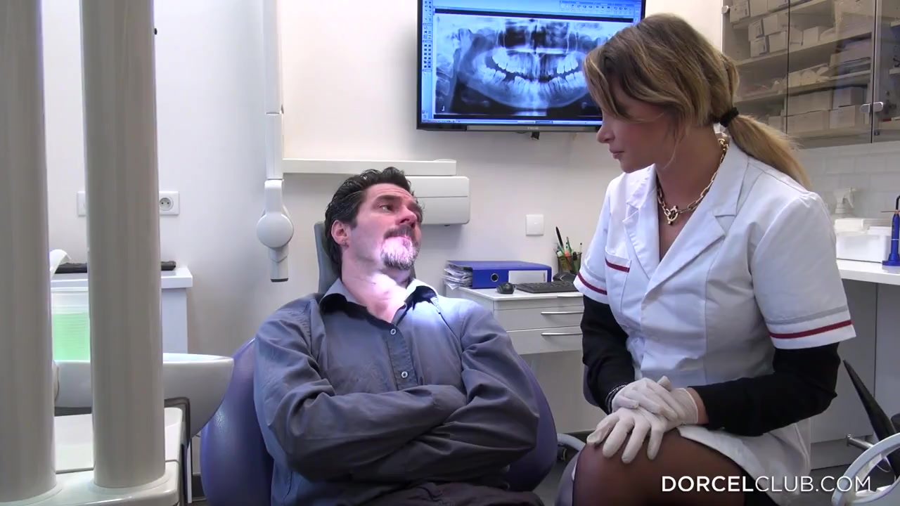 Случай в кабинете стоматолога порно
