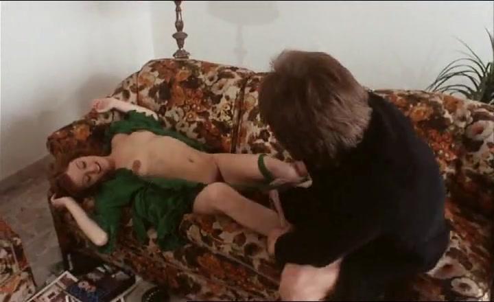 Игра в кошки мышки. 1973. порно