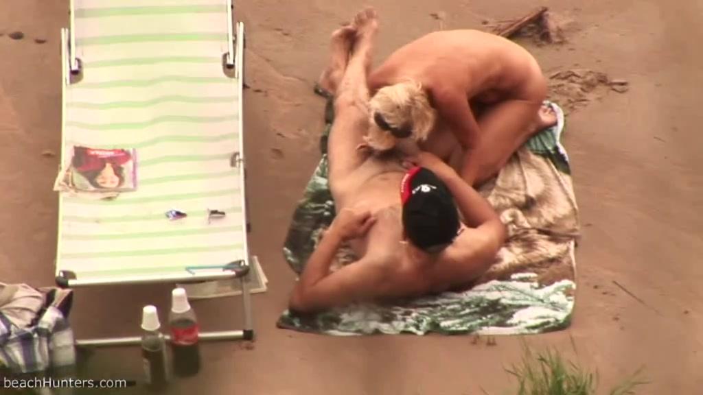 В Ротик на Пляже. порно