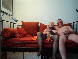 Бабушка Рядышком с Дедушкой. порно