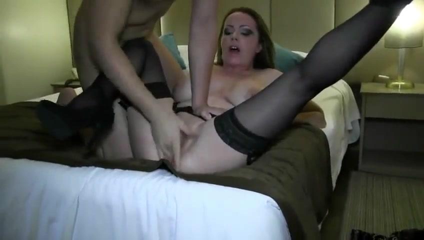 Жаркий секс видео чулки крики сперму