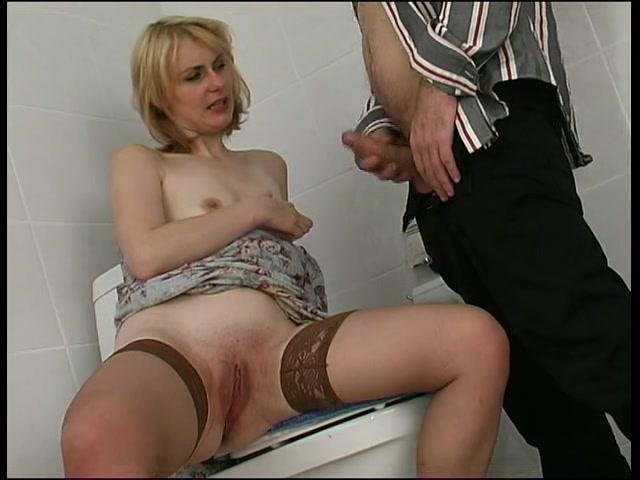 русское порно русские сосут в туалетах-пм2
