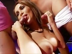 Групповое порно с горячими,сексуальными стриптизёршами порно