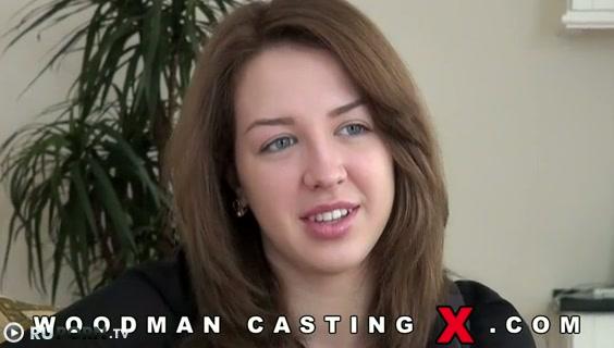 Вудман зажигает на кастинге с Русской девочкой порно