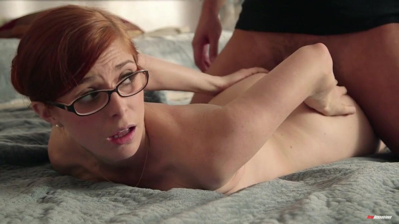 Смотреть порно Рыжая очкастая ботаничка Пенни Пакс (Penny Pax) очень ...
