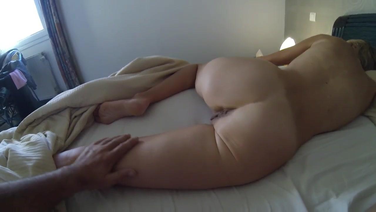 Порно со спящей женой видео