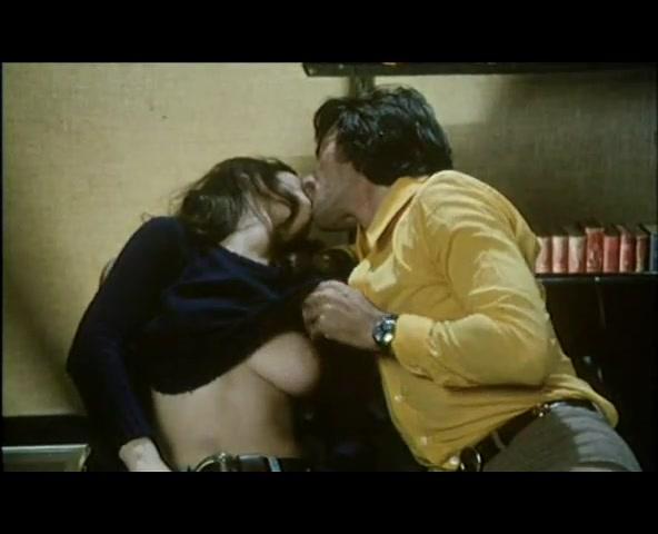 retro-porno-filmi-na-sotku-hlam-razdolbannaya-zhopa