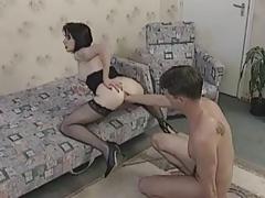 Четыре сцены фистинга в одном видео порно