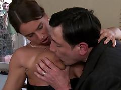 Измена сексуальной Сьюзи порно
