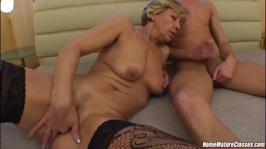 Порно зрелые немки кончают