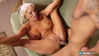porno-staraya-potaskuha