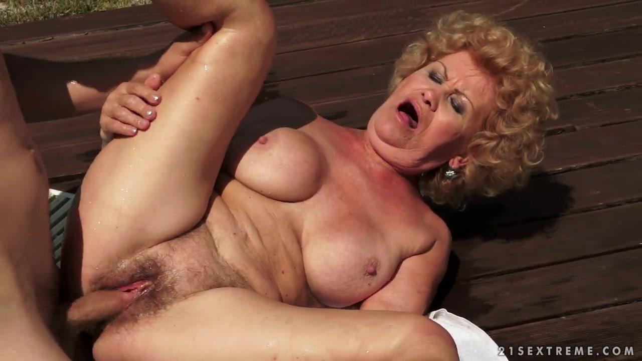 Порно видео мп 4 бабушка