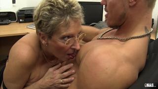Немецкая зрелая женщина порно