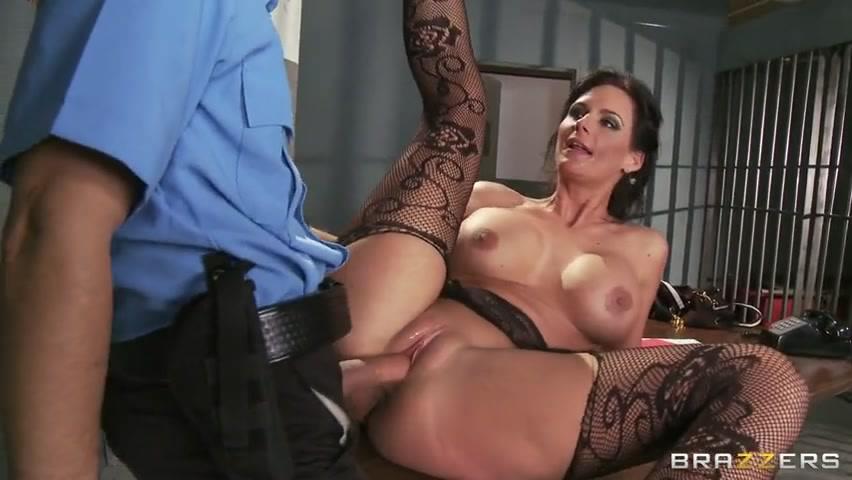 porno-video-s-ohrannikom