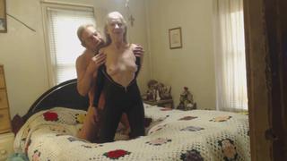 Секс красивой девушки с русским дедушкой