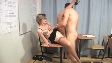 Порно фото учительниц русских